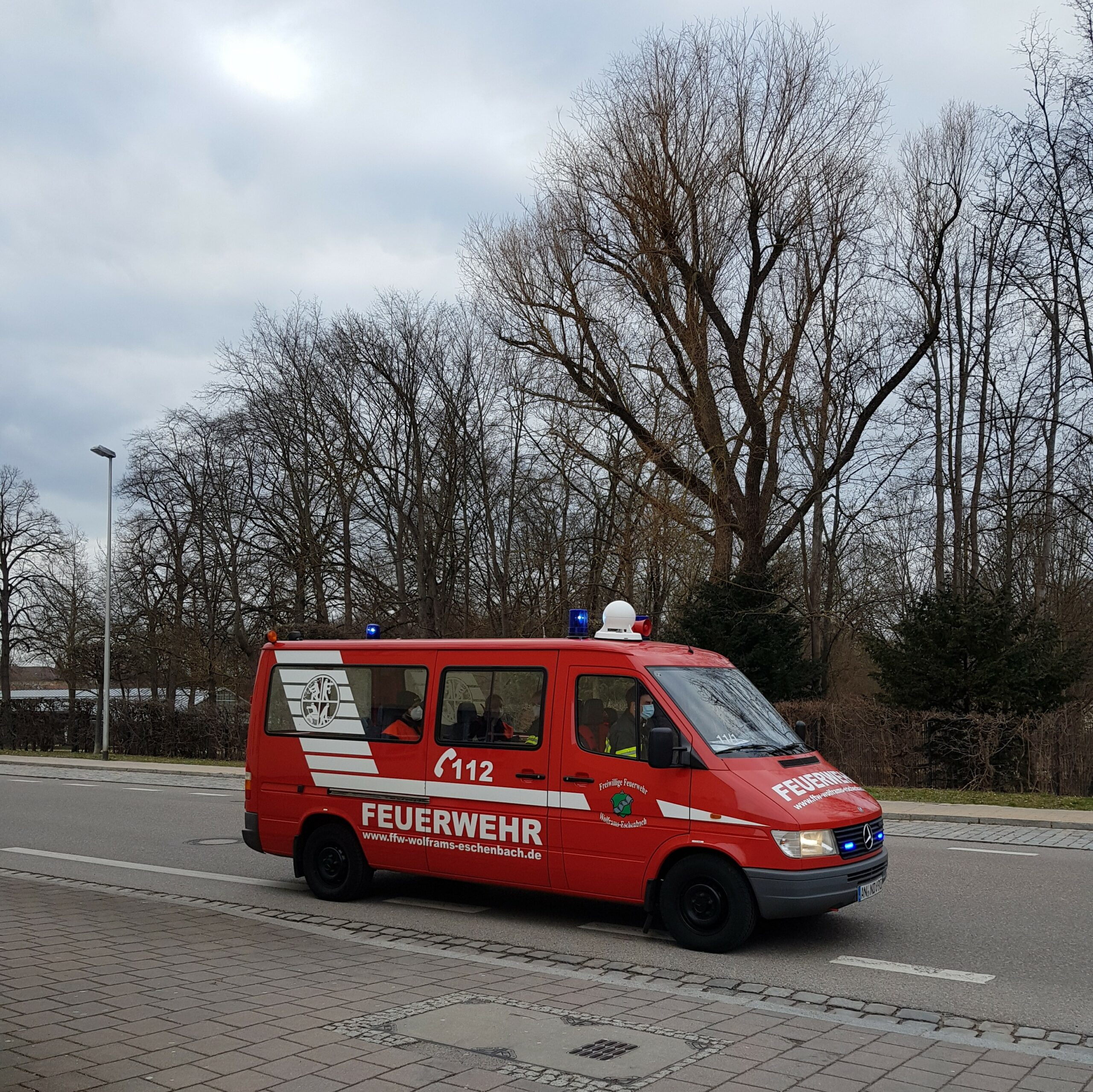 Florian Wolframs-Eschenbach 11/1 mit Mobela nach Bombenfund am Ansbacher Bahnhof